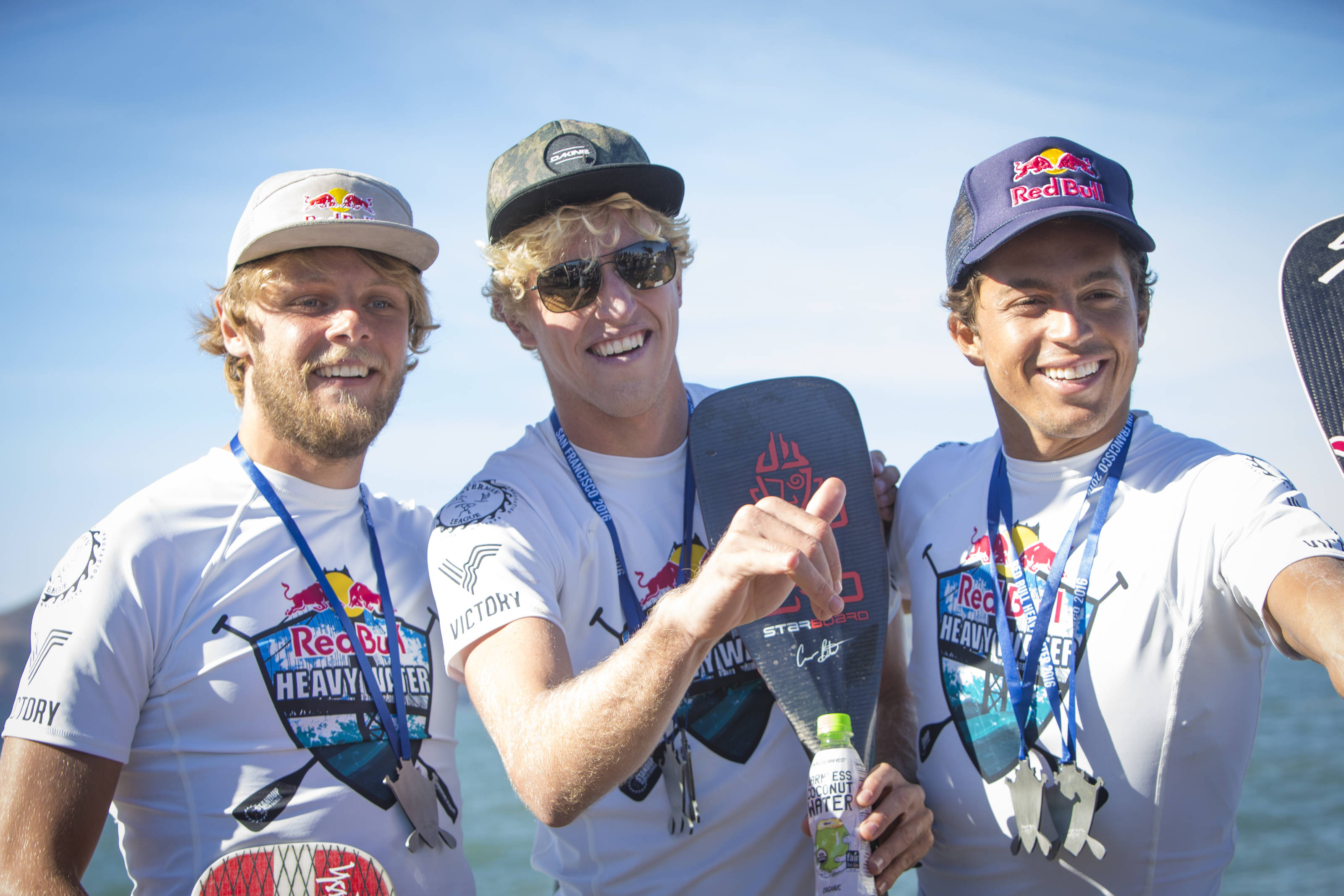 World Tour podiet for 2016. Casper Steinfath nr. 2 (tv), Connor Baxter nr. 1 (mf) & Kai Lenny nr. 3 (th). Photo: Trevor Clark Red Bull Content Pool